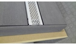 Profilé de ventilation pour lames de terrasse pleines P 9360 et P 9369
